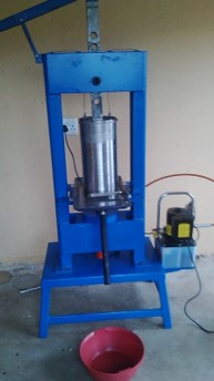 Jatropha oil cylinder press